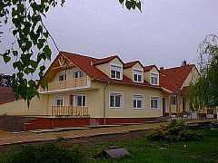Ferienwohnungen Residence Josef, Ferienwohnung - Ferienhaus in Ungarn, Szakony, Thermenregion