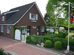 Ferienwohnung Haus Gretchen, Ferienwohnung - Ferienhaus in Deutschland, Südbrookmerland - Ortsteil Moorhusen, Ostfriesland - Niedersachsen