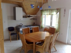 Ferienwohnung Villa Blaueburg, Ferienwohnung - Ferienhaus in Ungarn,  Balatongyörök, an der Nordseite des Balaton, in der Nähe von Kesthely , Plattensee